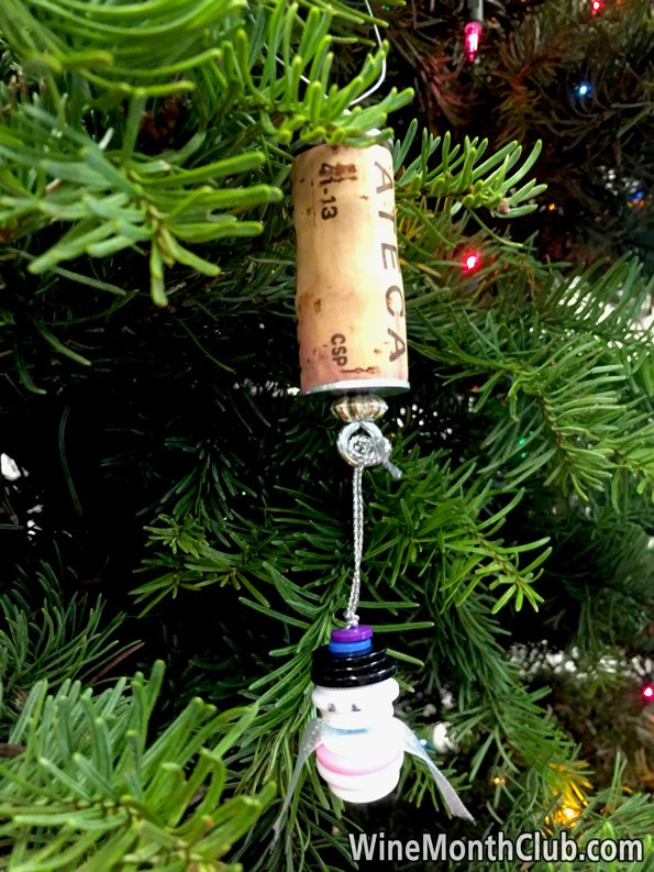 Wine-Cork-Button-Snowman